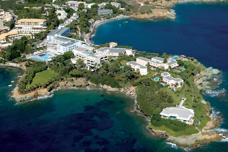Το Out of the Blue Capsis Elite Resort στην Κρήτη