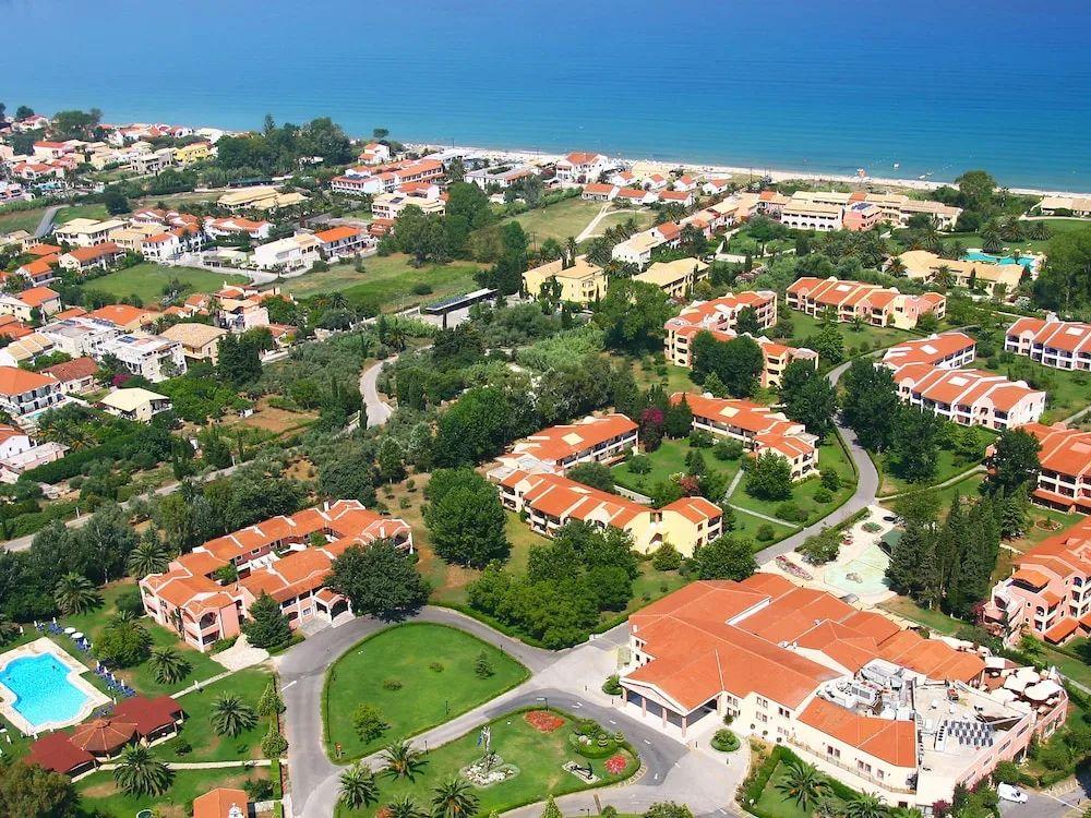 To Costa Botanica resort της Grecotel στην Κέρκυρα