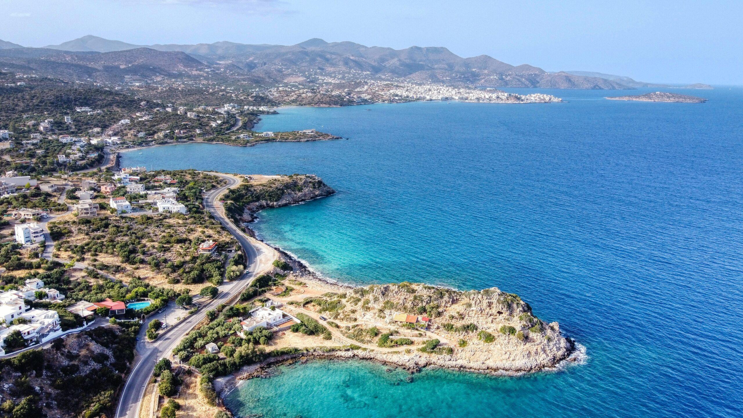 Ο Άγιος Νικόλαος στην Κρήτη, από ψηλά - Πηγή: Unsplash