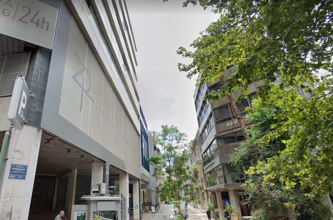 Η οδός Ζαλοκώστα στο κέντρο της Αθήνας