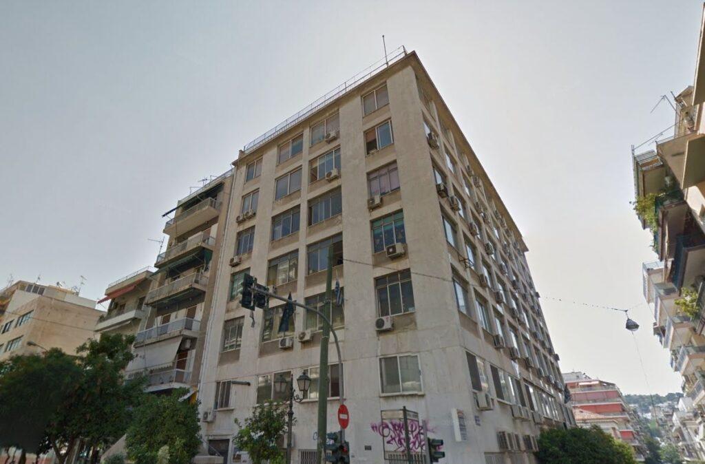 Το ακίνητο στην Ηρ. Πολυτεχνείου 14 στον Πειραιά, που θα γίνει ξενοδοχείο